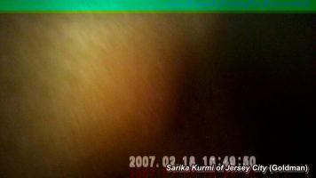 امرأة سوداء كبيرة الثدي تم تصويرها في بوسها العاري وتطلب ديك